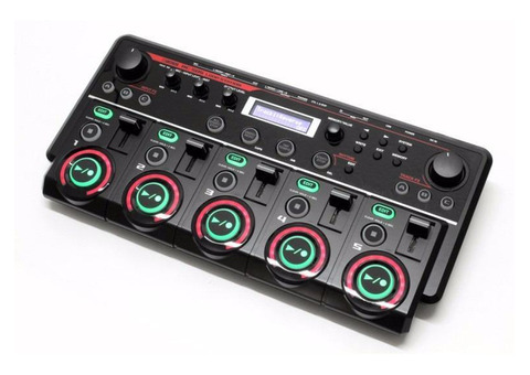 Черный чехол 30х70 с музыкальной аппаратурой