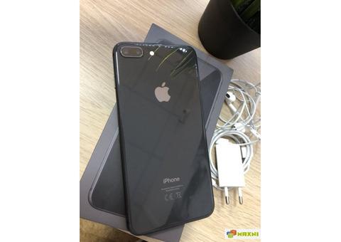 Черный айфон 8